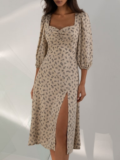 Sweetheart-neckline midi dress