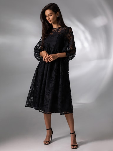 Loose-fit organza dress