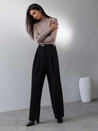 Belted pleated wide-leg pants