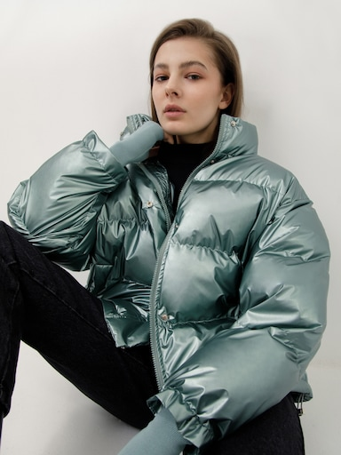 Объемная стеганая куртка
