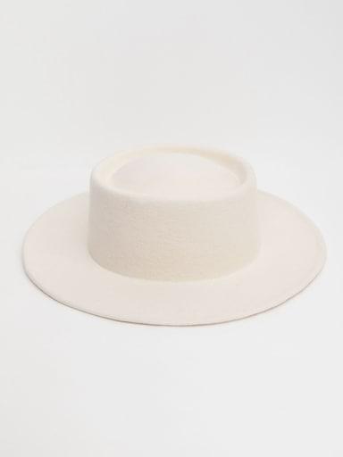 Шляпа из натуральной шерсти