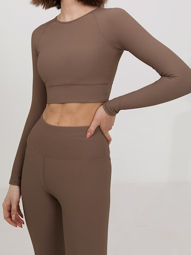 Ribbed stretch crop top